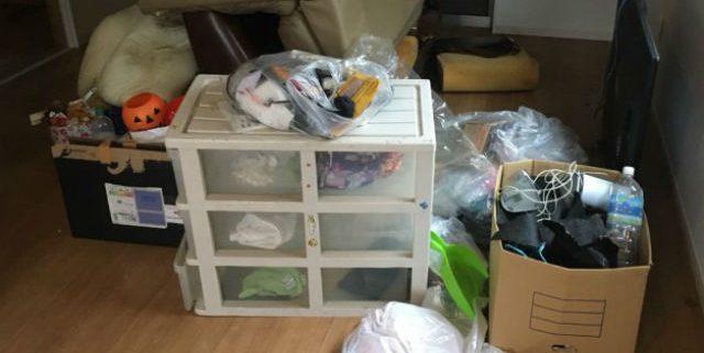 不用品の回収作業