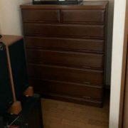 木製棚と箪笥