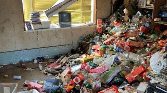 ゴミ屋敷の片付け前